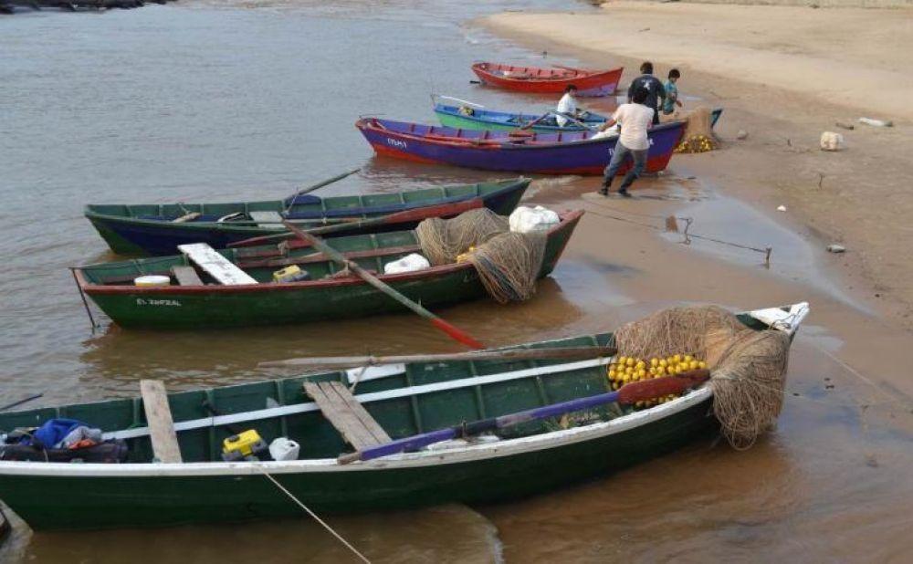 foto: Provincia otorgó subsidio de $7.500 para malloneros y guías de pesca