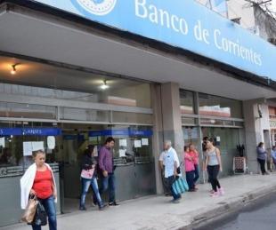 Vuelven a abrir los bancos: quiénes pueden ir y cómo será la atención