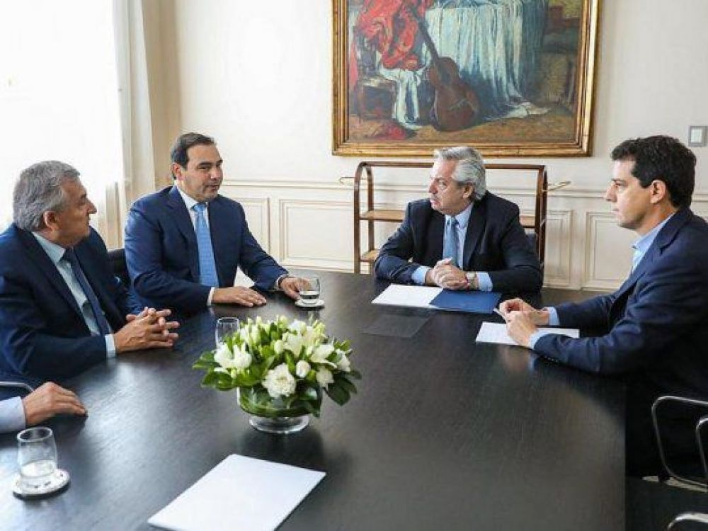 foto: Gustavo Valdés viajó a Buenos Aires a reunirse con el Presidente