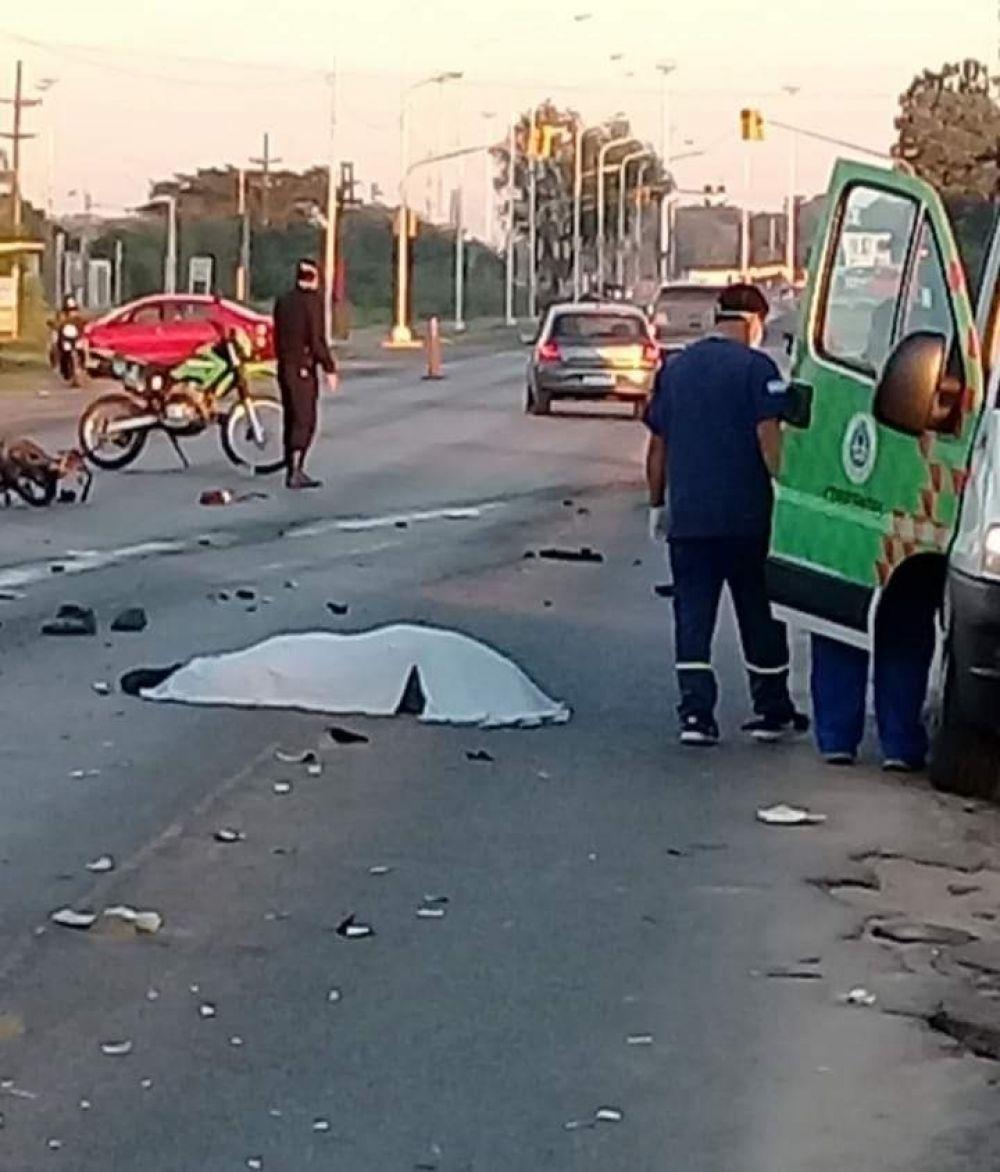 foto: Motociclista murió tras fuerte choque con una camioneta