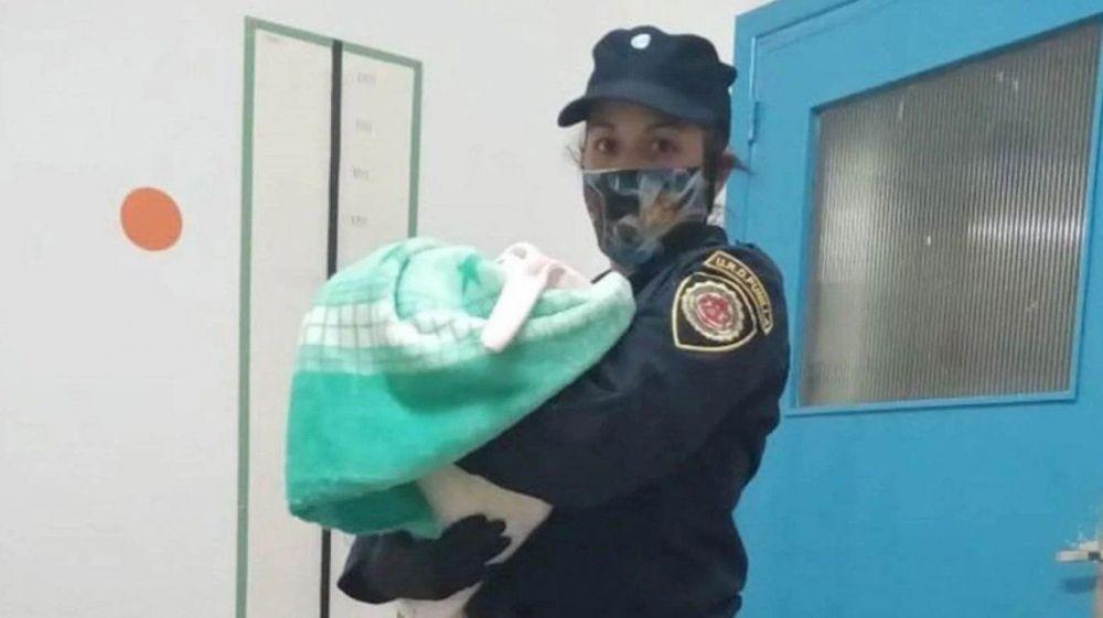 foto: Recuperaron a una beba que había sido vendida en Facebook