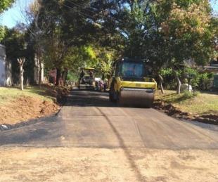 foto: Provincia comenzó el asfaltado en los barrios Santa Teresita y Unión