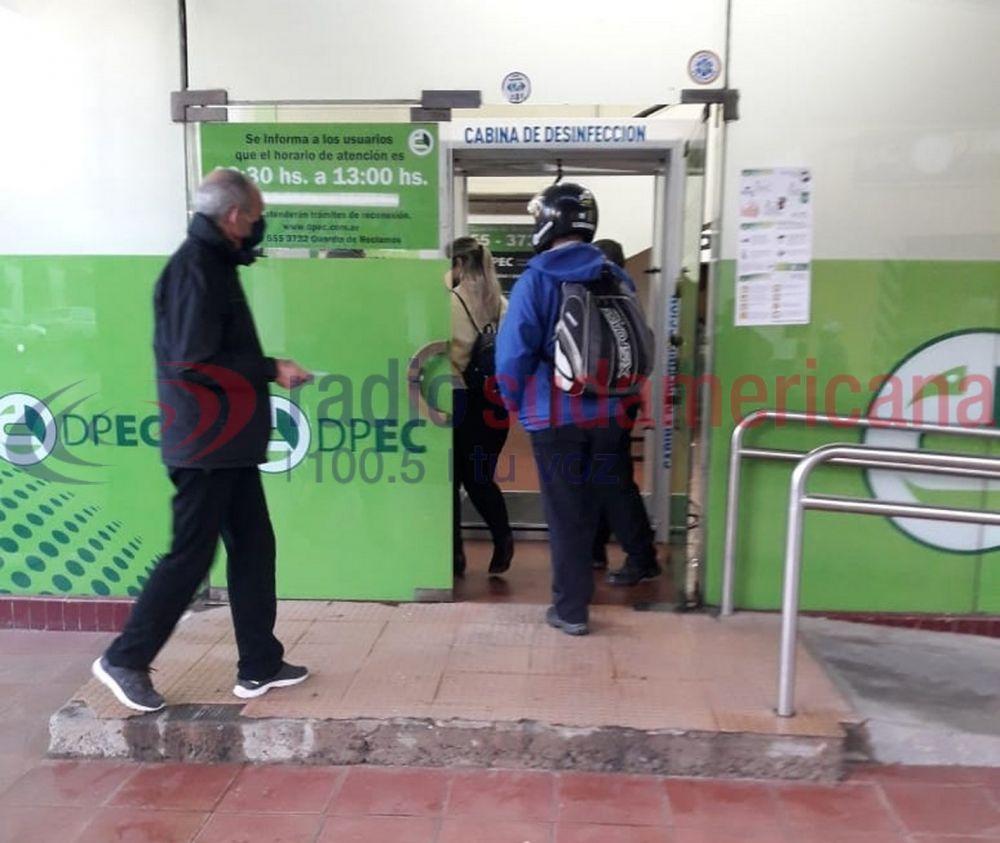 foto: En las oficinas de la Dpec ampliaron horario y sumaron trámites
