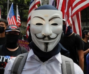 foto: Anonymous regresó y amenazó a Trump y sus secretos policiales