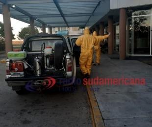 foto: Tras el caso positivo, iniciaron  desinfección en el Aeropuerto local