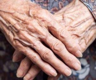 foto: Engañaron a una mujer de 78 años y le robaron todos sus ahorros