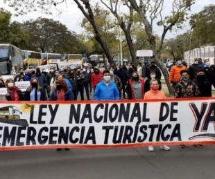foto: Operadores turísticos marcharon y pidieron la ley de emergencia