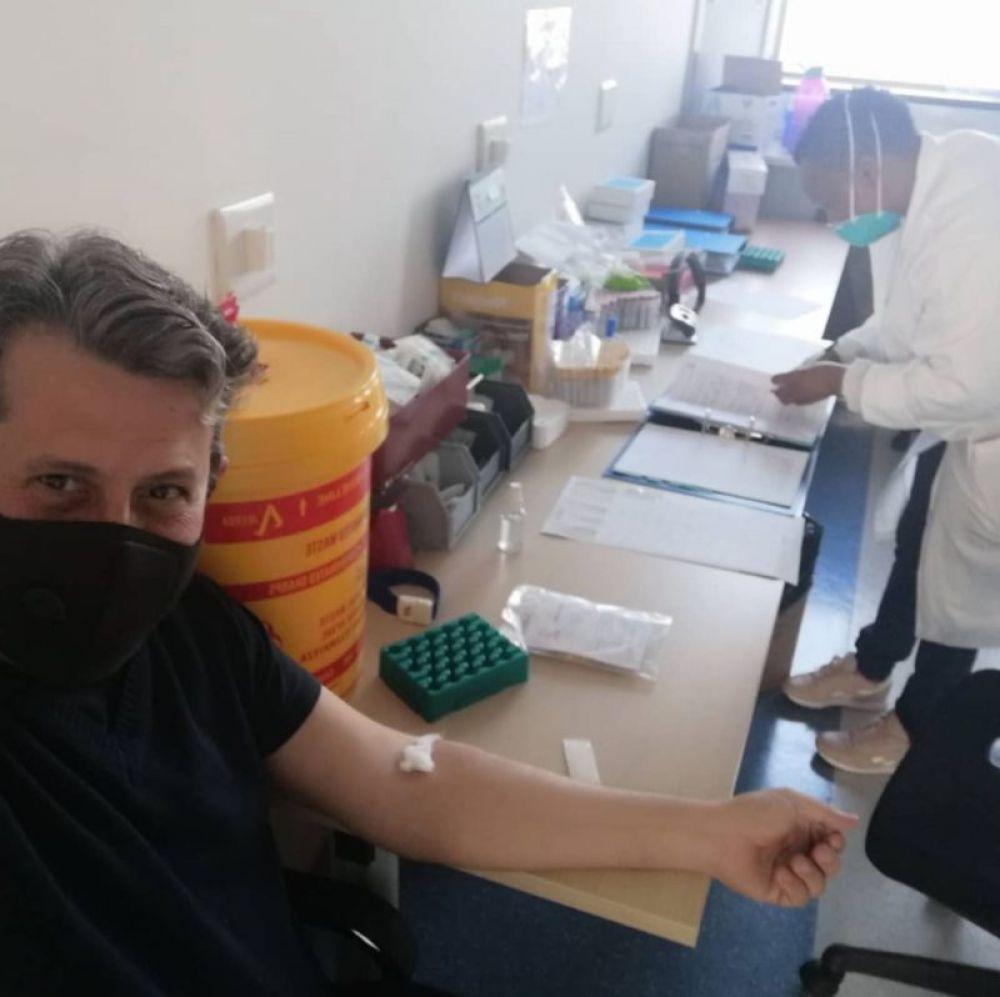Voluntario para probar la vacuna: Los médicos están entusiasmados