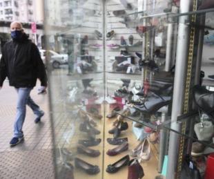 foto: Ventas minoristas cayeron 27,7%: tanto online como en locales
