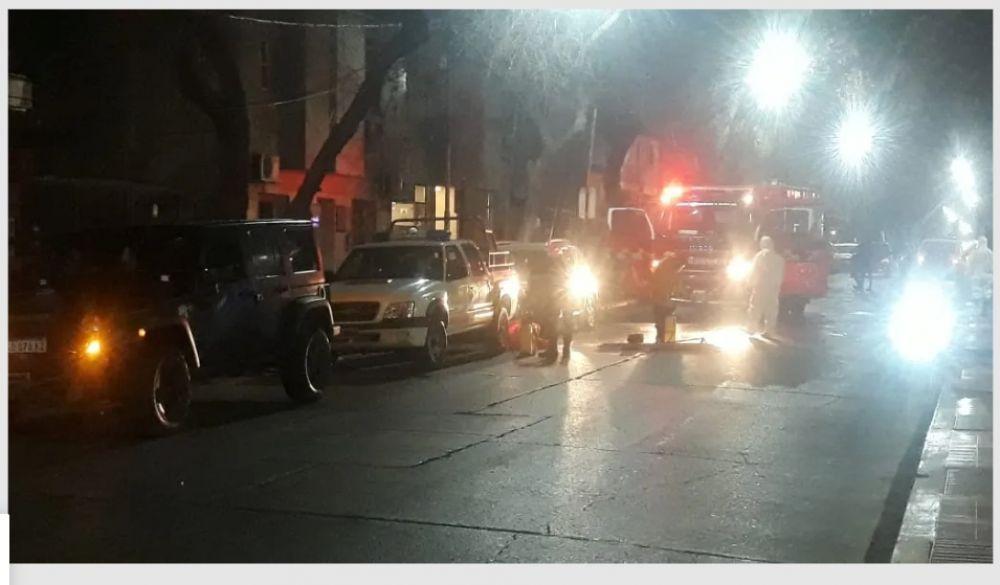 Se incendió un hotel que alojaba a repatriados y murió un hombre