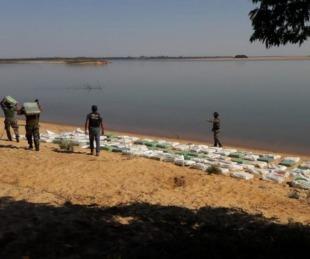 Prefectura secuestró  más de 3 toneladas de droga a orillas del Paraná
