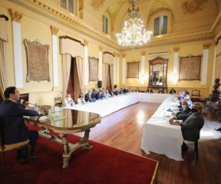 foto:  Gustavo Valdés encabezó reunión con todo su gabinete