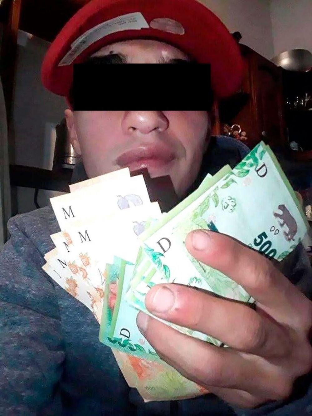 Mató a una jubilada, incendió su casa y se sacó una foto con lo robado