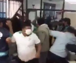 foto: Video: brutal pelea entre empleados municipales de Formosa
