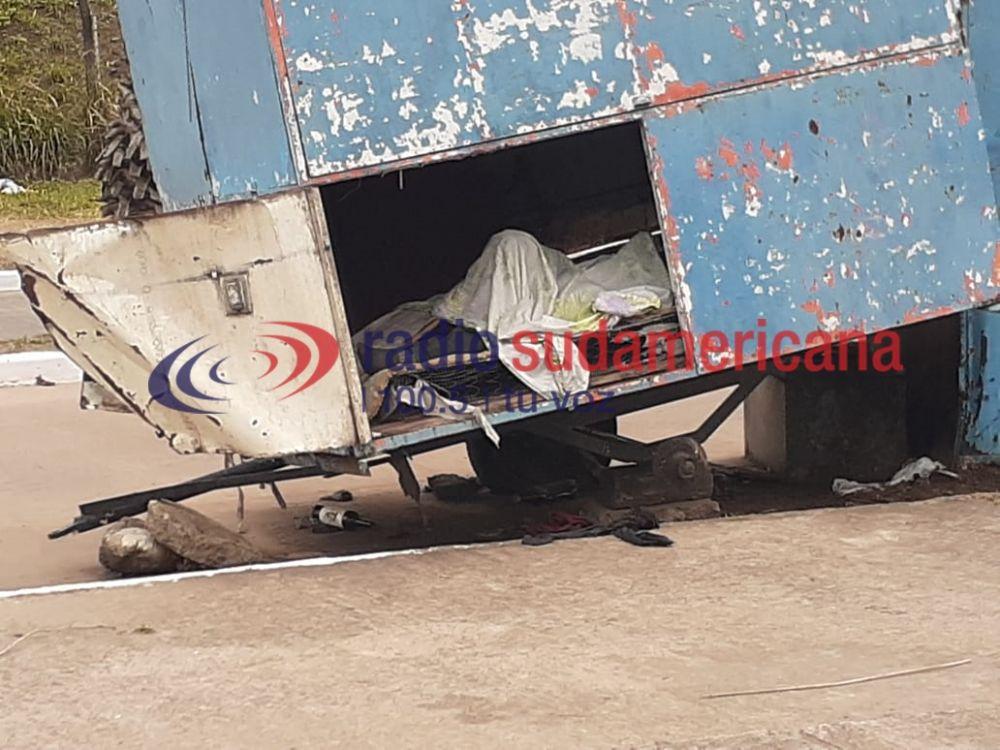 Capital: fue encontrado muerto dentro de un carrito de comida