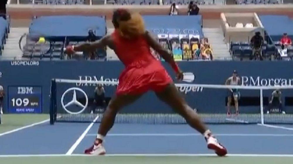 Serena Williams dejó a todos con la boca abierta con dos puntos increíbles