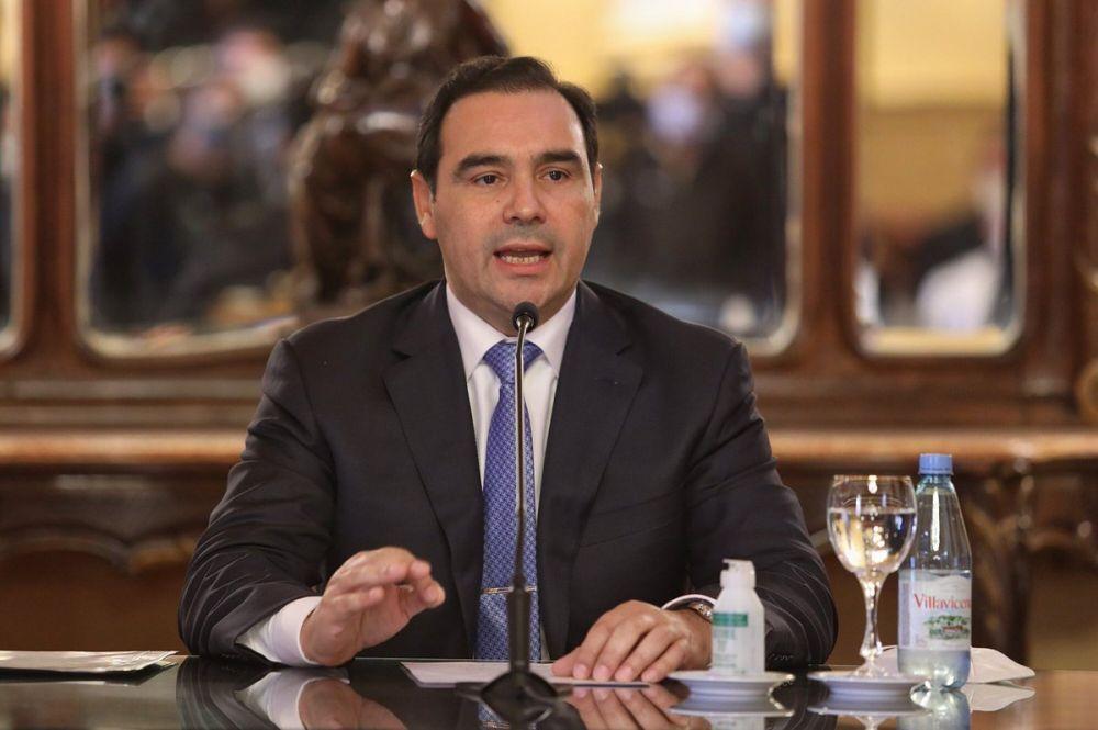 Expectativa por la conferencia de prensa de Gustavo Valdés