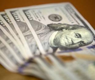 foto: Suben a $130 el dólar ahorro y el de consumos con tarjeta en el exterior