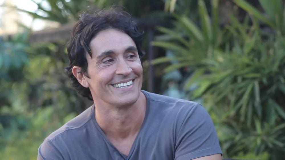 Sebastián Estevanez mostró cómo quedó tras el accidente doméstico
