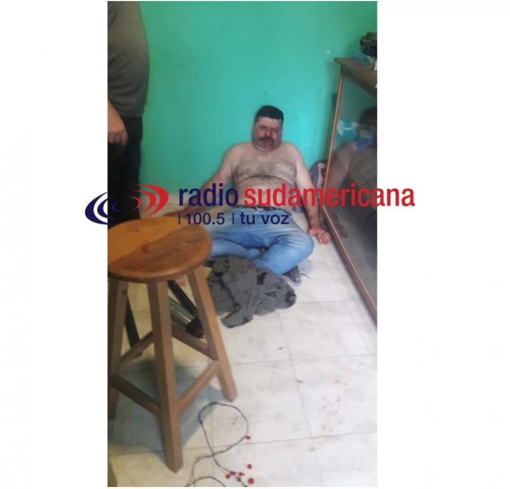 Video: periodista fue atacado mientras conducía su programa