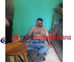 foto: Video: periodista fue atacado mientras conducía su programa