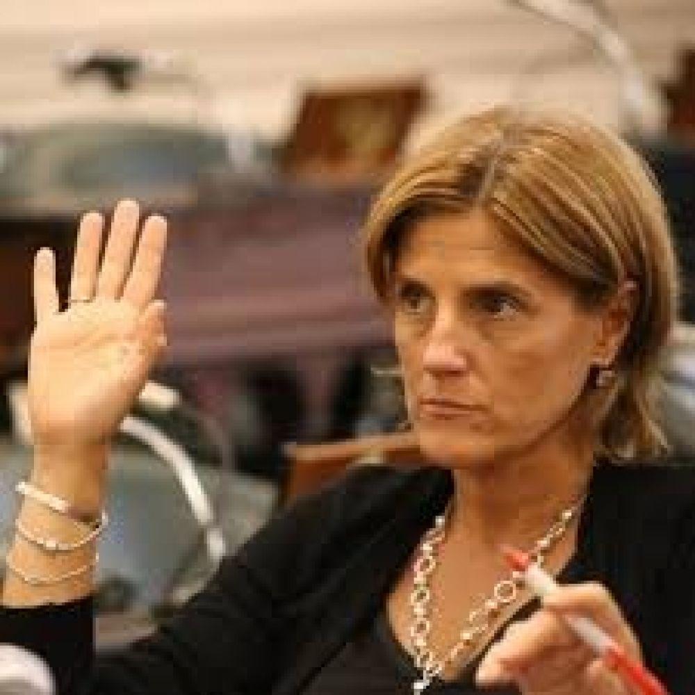 Paridad de género: Oposición pedirá se trate en sesión de Senado