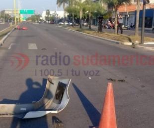 foto: No andaba el semáforo, cruzó la avenida y lo chocaron dos motos