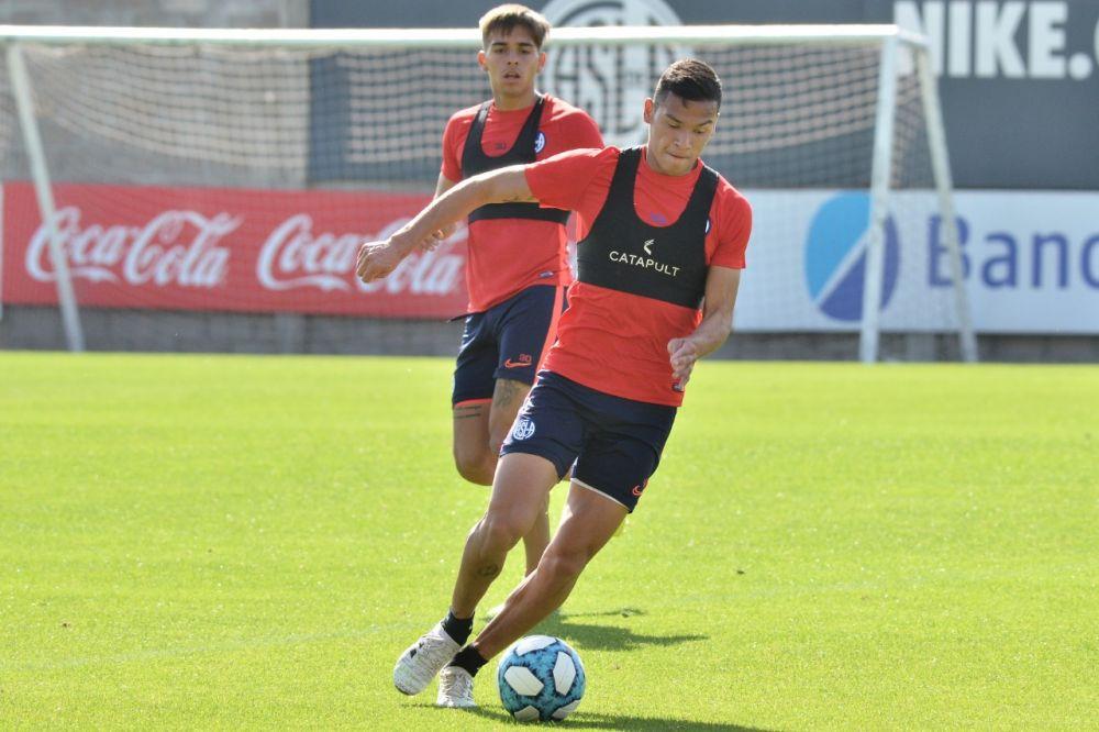 Andrés Herrera se lesionó y estará tres meses fuera de las canchas