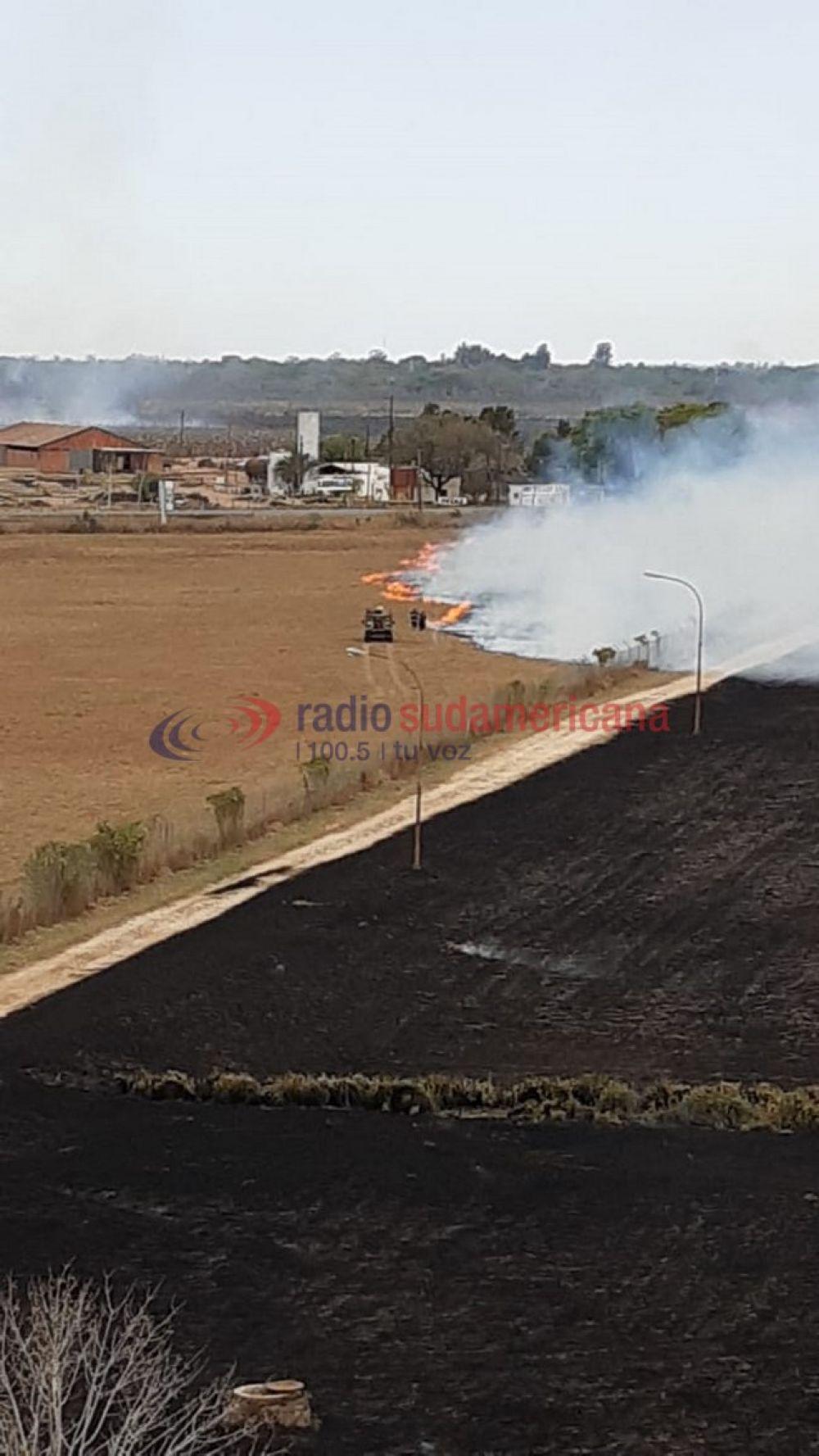 Así quedó la zona donde se produjo el incendio cerca del Aeropuerto