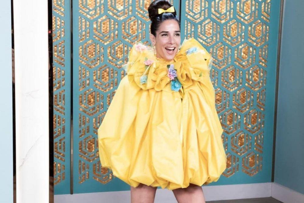 El divertido look primaveral de Juana Viale: Capullito y florecí