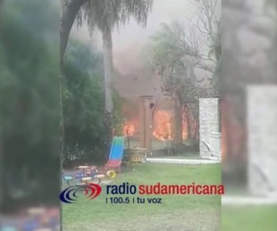 foto: Video: Peligroso incendio en un barrio privado de Santa Ana