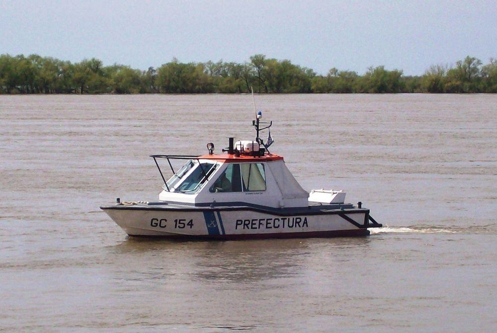 Buscan a tres personas que desaparecieron en el Río Paraná