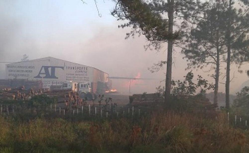 Villa Olivari: Incendio quemó 450 hectáreas y se uso avión hidrante