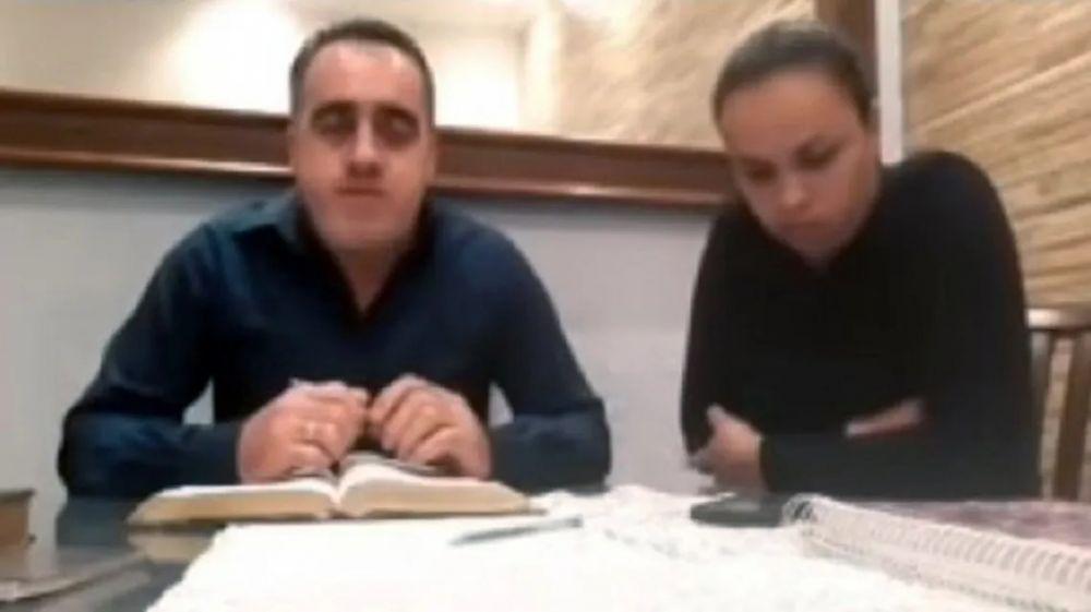 Pastor evangélico golpeó a su esposa en una transmisión en vivo