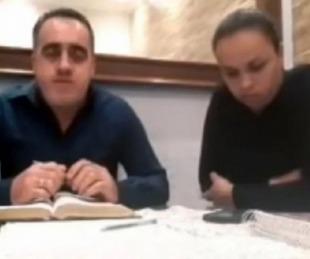 foto: Pastor evangélico golpeó a su esposa en una transmisión en vivo