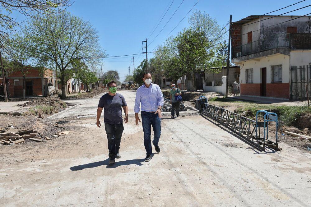 Valdés recorrió obras sobre calle Lavalle que tendrá impacto vial