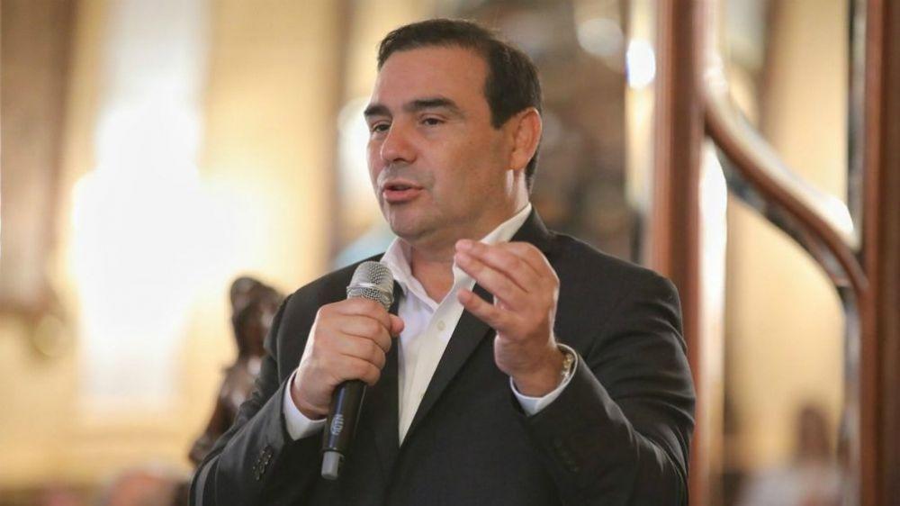 El gobernador Valdés removió del cargo de consejero a Sussini