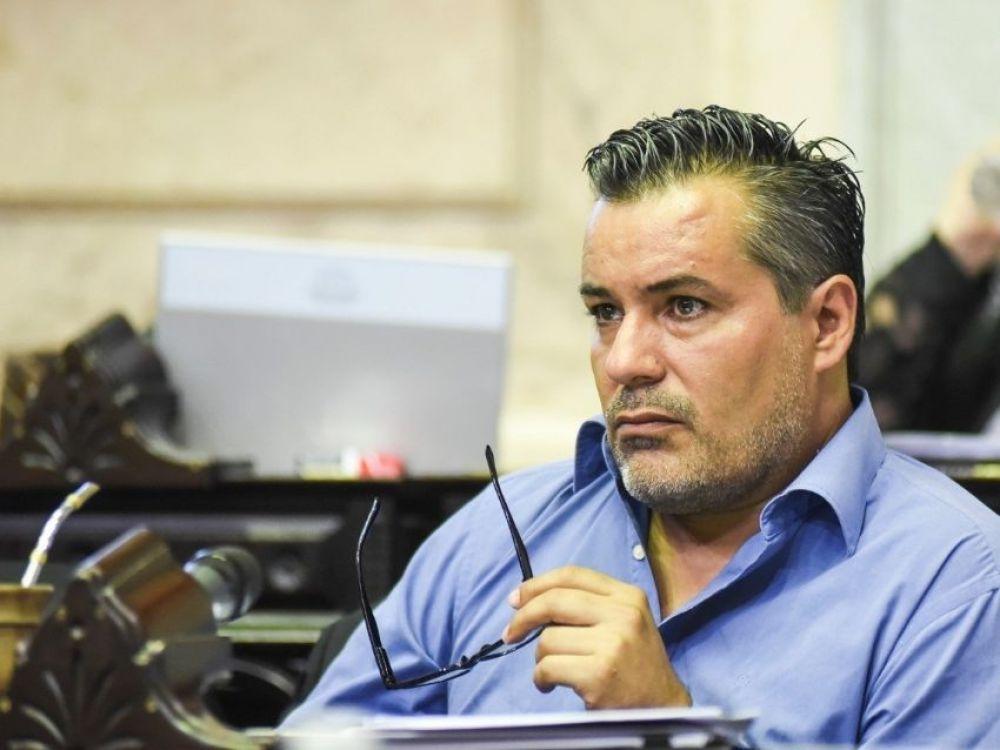 Quién es Juan Ameri, el diputado suspendido por un escándalo erótico