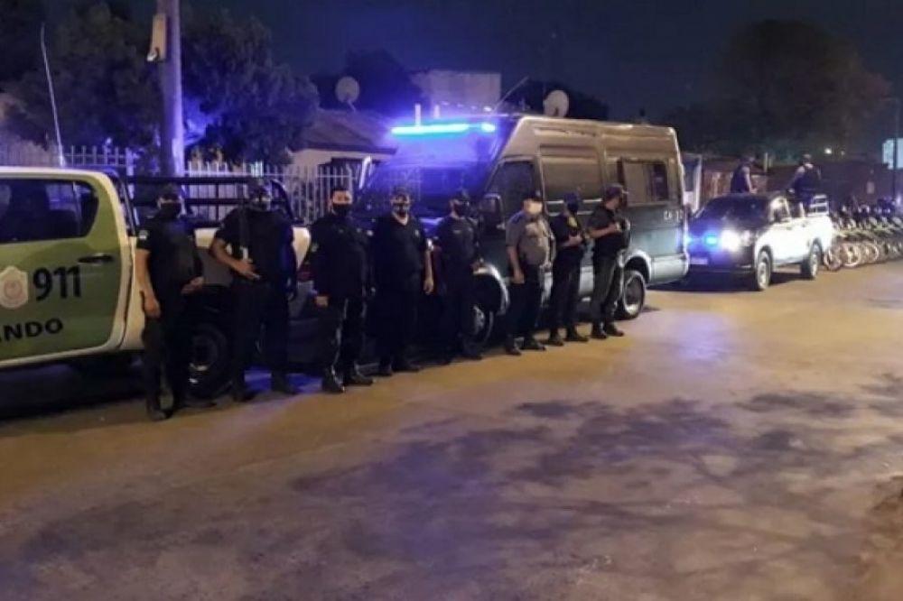 Policía demoró a una pareja con antecedentes y pedidos de captura