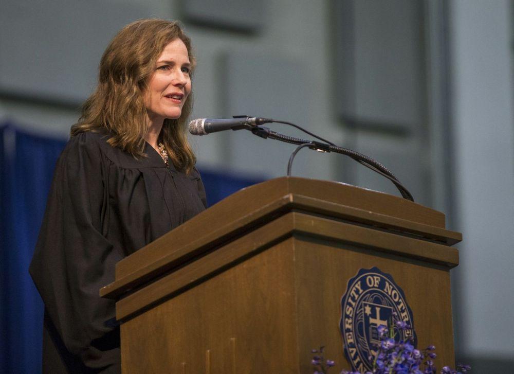 Trump nombraría a la conservadora Amy Coney Barrett en Corte Suprema
