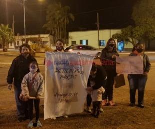 foto: Vecinos marcharon pidiendo justicia por el crimen de una mujer en San Cosme