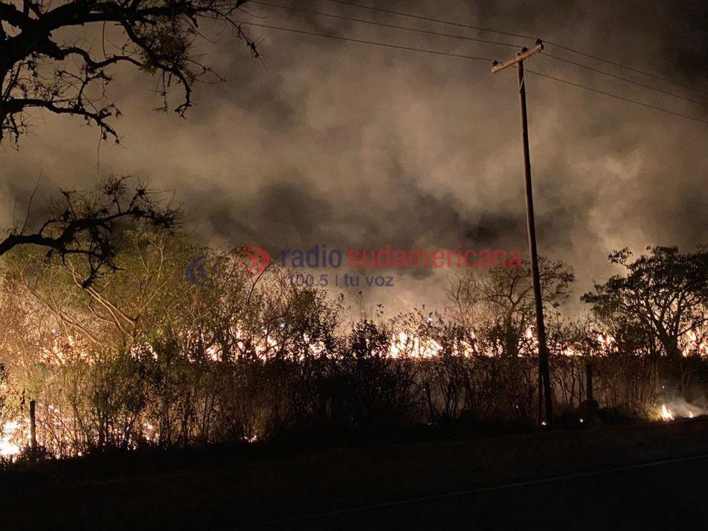 Empedrado, Santa Rosa, Santa Ana y San Lorenzo luchan contra el fuego