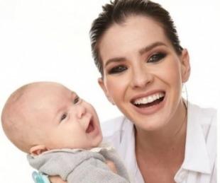 foto: China Suárez mostró por primera vez la cara de su bebé Amancio