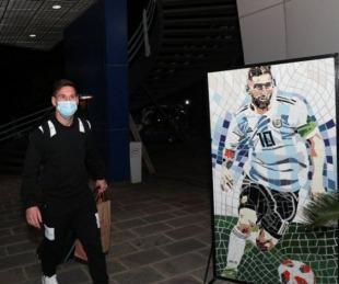 foto: Llegó Lionel Messi y se sumará a las prácticas de la Selección