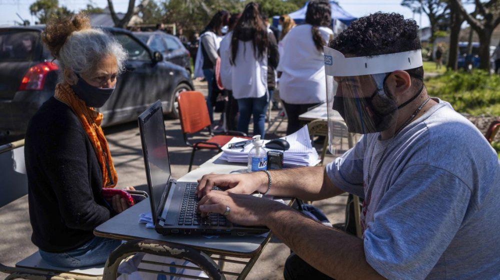 Argentina se acerca a los 900 mil casos de coronavirus