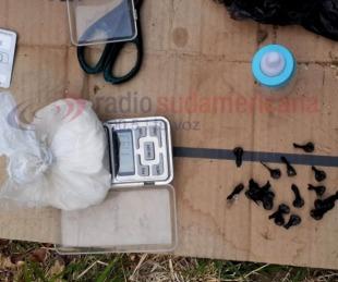 foto: Buscaban motos robadas y hallan cocaína de máxima pureza