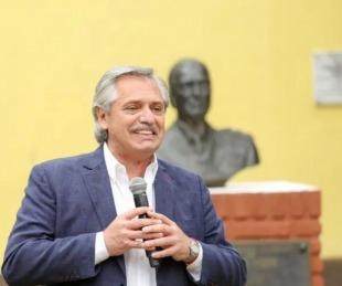 Fernández visitó el lugar donde estuvo detenido Perón en 1945