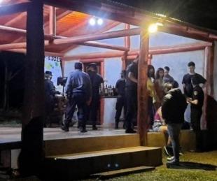 foto: Indignación por fiestas clandestinas en medio de la pandemia
