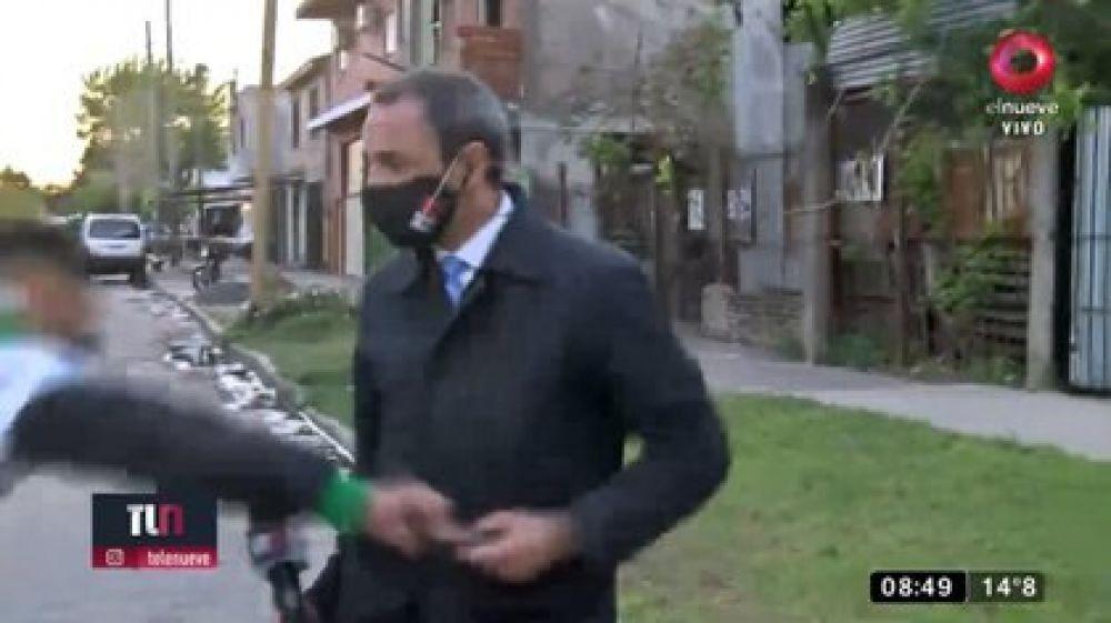 Le robaron el celular a un periodista mientras hacia un móvil