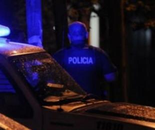 foto: Se atrincheró y amenazó a su familia: escapó por el fondo de la casa